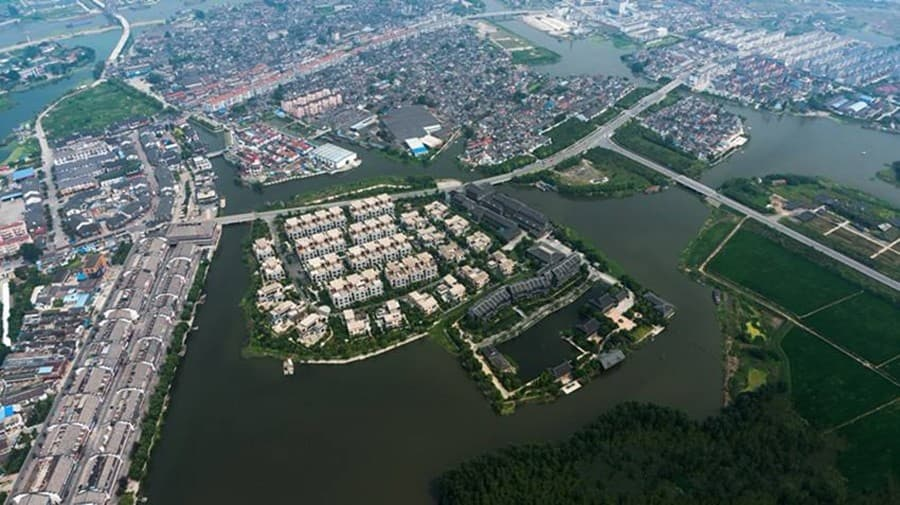 5平方公里(含溱湖风景区),镇区面积2平方公里,其中古镇区面积0.